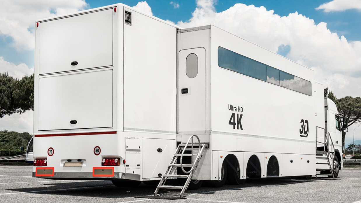 24-CAMERA DOUBLE-EXPANDABLE 4K-READY OB TRAILER