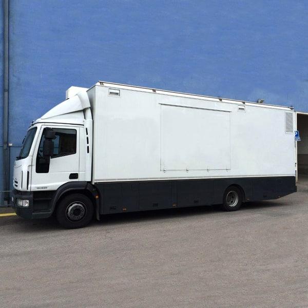 10-camera/12-seat expandable HD OB truck