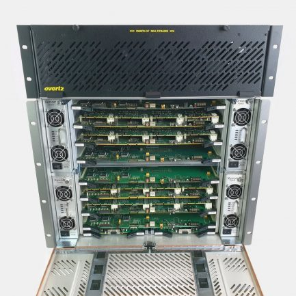 Used Evertz XE8-X-128x128 Xenon Multi-Format Router with 7800FR-QT Multiframe