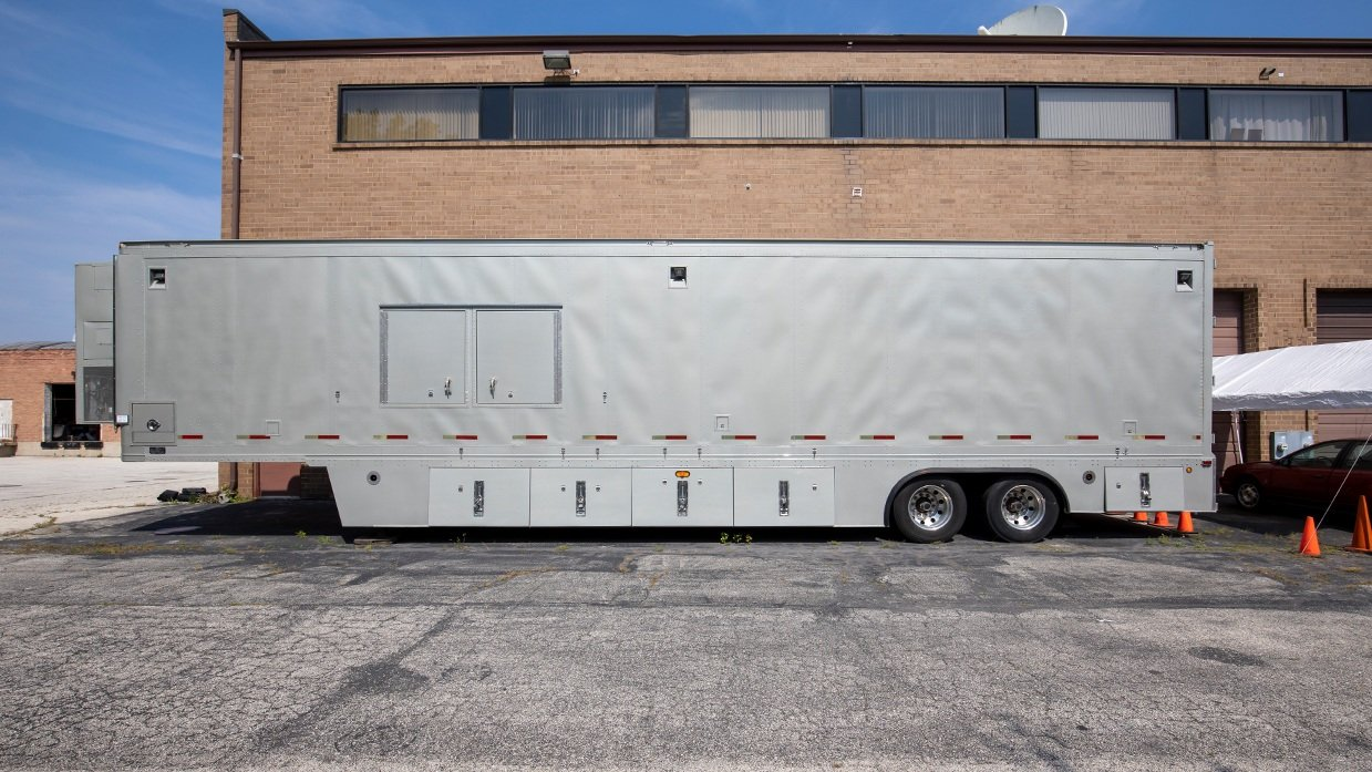 24-camera HD OB trailer for sale